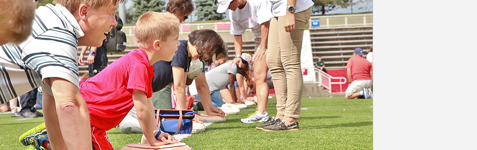 Nearly 1,000 attend training sessions at LaValle Stadium